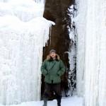 Укский водопад зимой однако