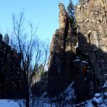 Укский водопад зимой. Вход в ущелье.